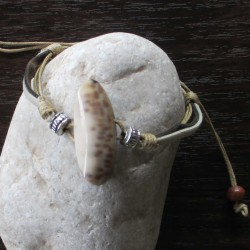 Bracelet coquillage ovale