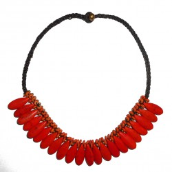 Collier en macramé rouge