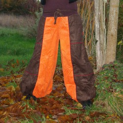 Pantalon bouffant extra large chocolat. Pantalon large velours
